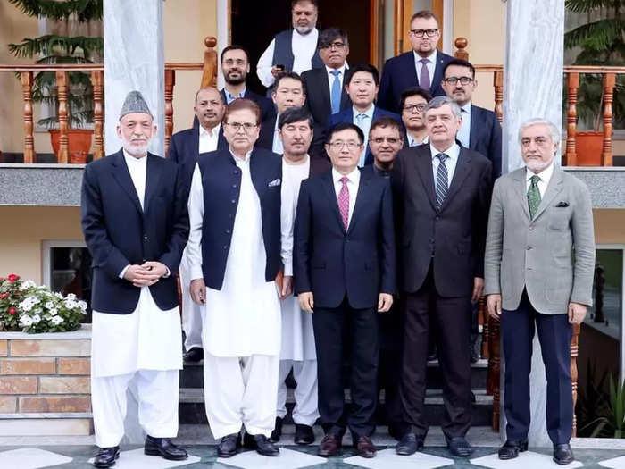 Karzai--with-special-envyos