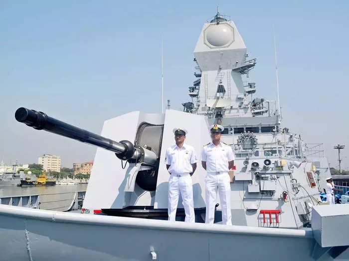 Indian Navy Recruitment 2021: भारतीय नौदलात नोकरीची संधी; विविध पदांवर भरती