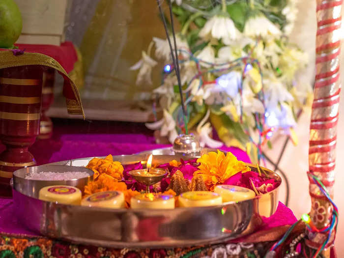 pitru paksha 2021 significance of donation during pitru pandharwada in marathi shraddha paksha