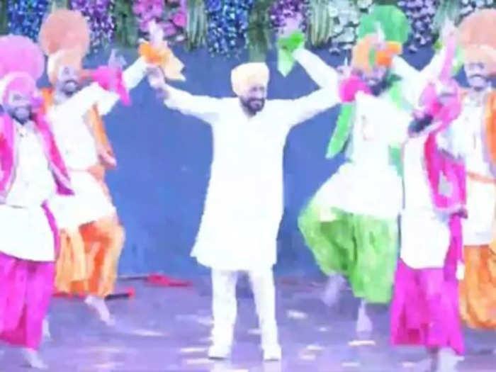 Charanjit Singh Channi bhangra video