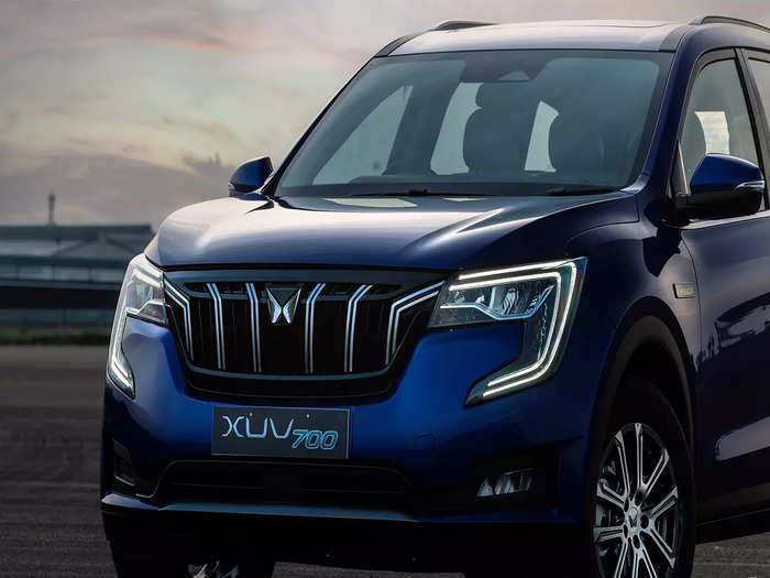 Mahindra XUV700 7 Seater Variants Price Features