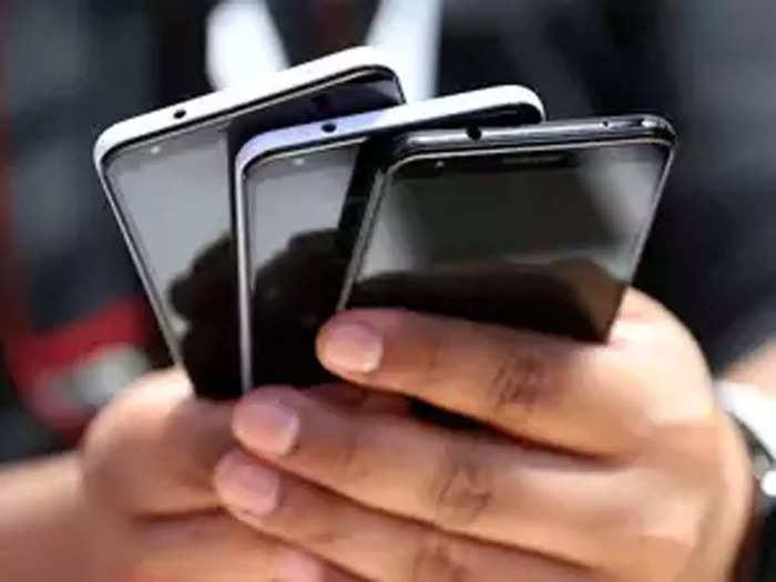 Smartphones popular brand.