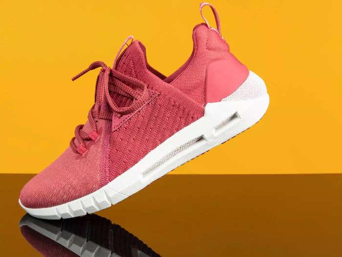 800 रुपए से भी कम कीमत में मिल रहे हैं ये ब्रांडेड Running Shoes, जिम के लिए भी हैं पर्फेक्ट