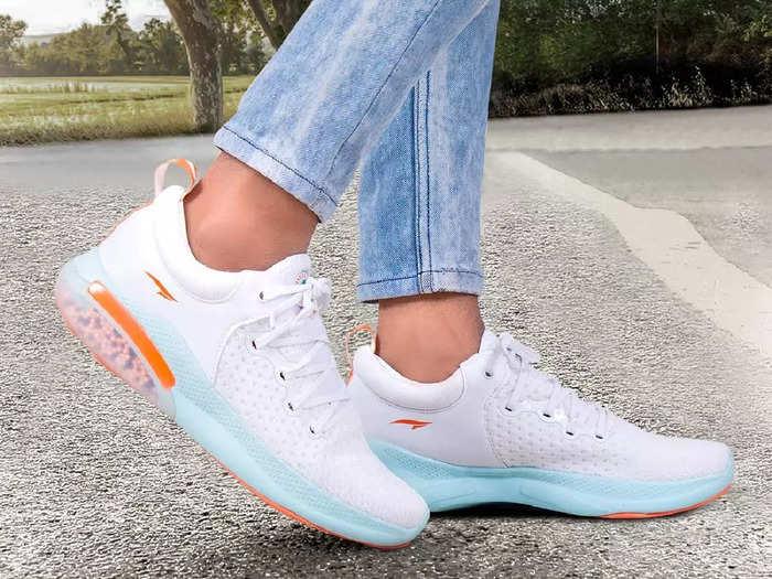 देखने में काफी ज्यादा शानदार हैं ये ब्रांडेड Shoes, रनिंग और वॉकिंग के लिए हैं पर्फेक्ट
