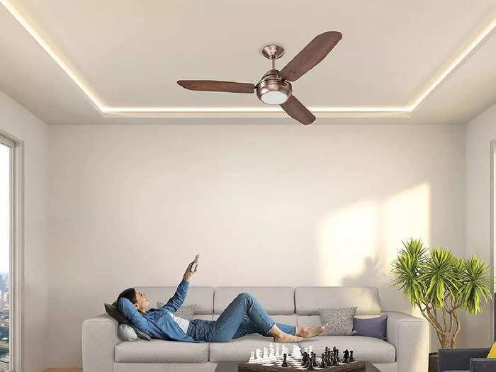 कमरे को सुपर कूल करने के साथ लाइट से जगमगा देते हैं ये प्रीमियम लुक वाले Ceiling Fan