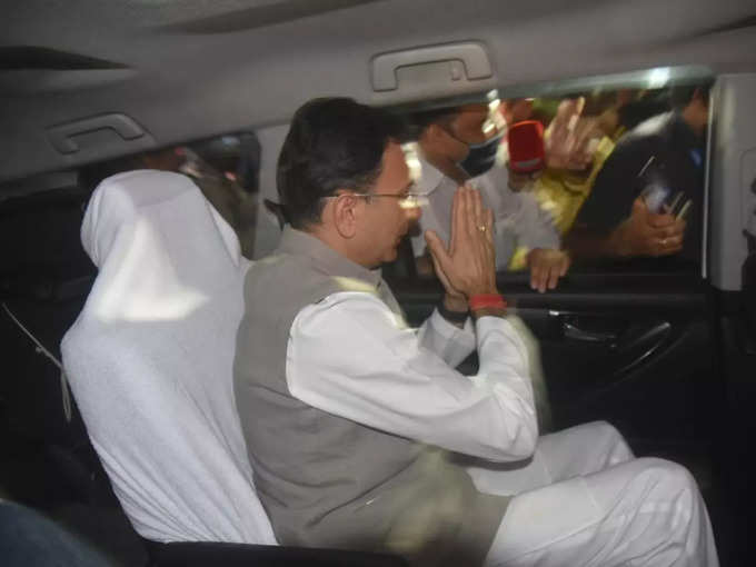 Jitin Prasad among supporters after taking oath