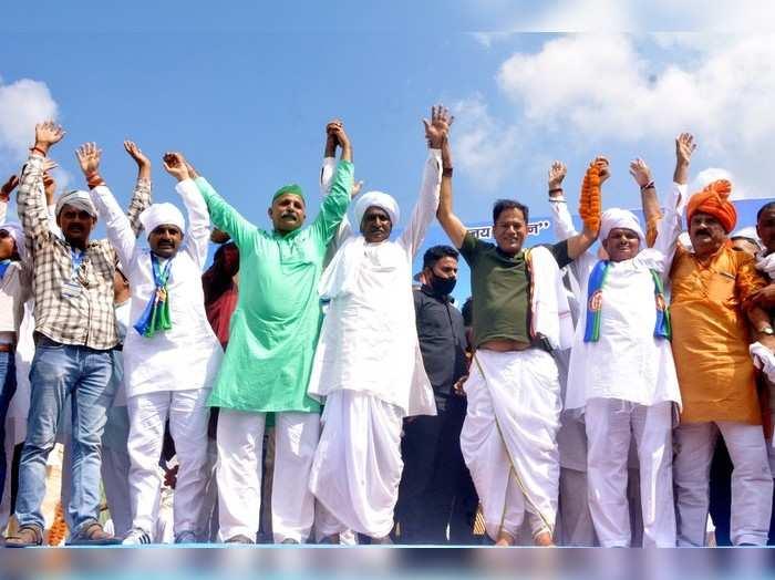 मुजफ्फरनगरः टिकैत की महापंचायत के जवाब में फिर पंचायत, योगी की जमकर की तारीफ