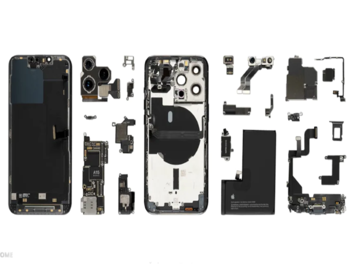 WekiHome iPhone 13 Pro Teardown