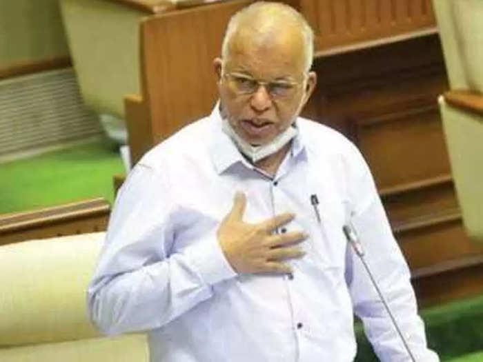 गोवा के पूर्व मुख्यमंत्री ने दिया इस्तीफा