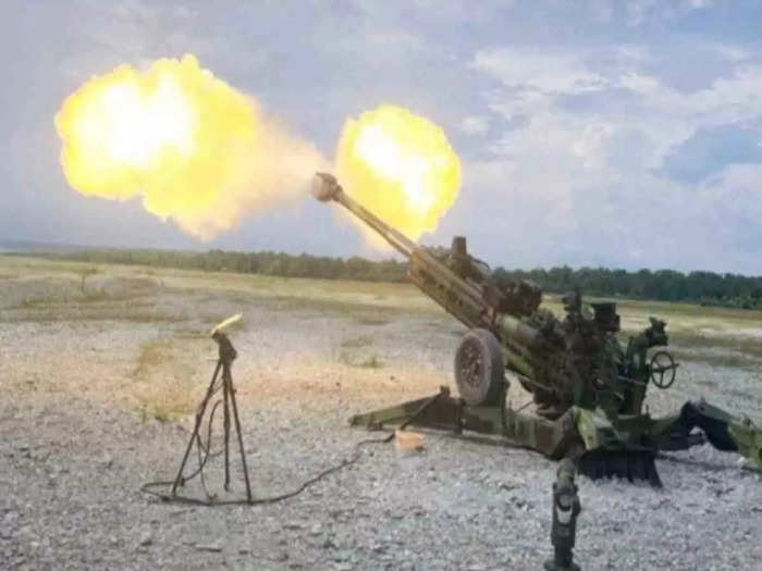 m777 ultra light howitzer gun ready to combat with china