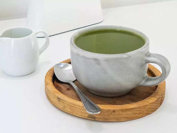 वजन कम करने में फायदेमंद होती हैं ये Green Tea, कम समय में मिल सकती है स्लिम बॉडी