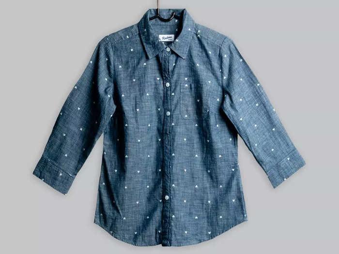 कंफर्टेबल और लेटेस्ट फैशन वाले हैं ये Casual Shirt, कीमत सिर्फ ₹599 से शुरू