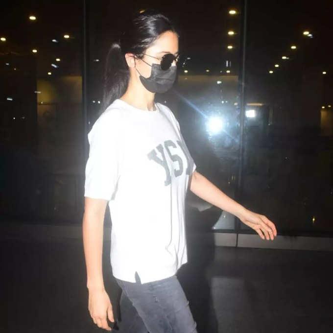 Katrina Kaif at Mumbai Airport