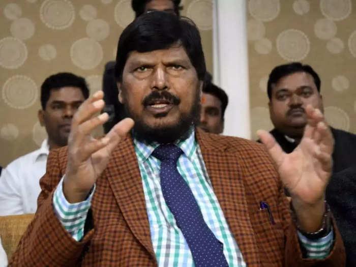shiv sena may come back to pavilion says union minister ramdas athawale