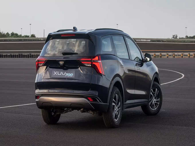Mahindra XUV700 SUV Diesel Petrol Delivery Date India 2