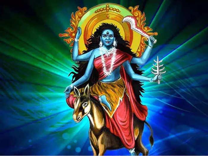 श्वासात अग्नी असलेल्या कालरात्रि देवीचे खास महत्त्व