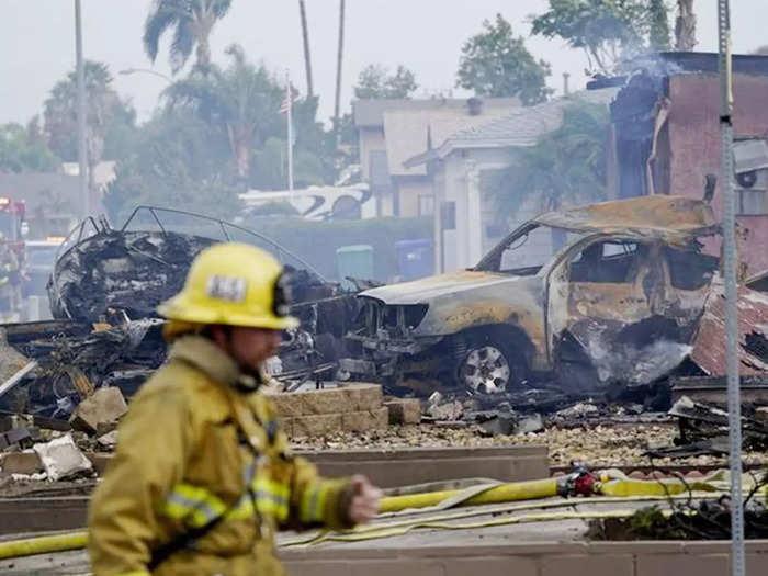 plane-crash-on-house