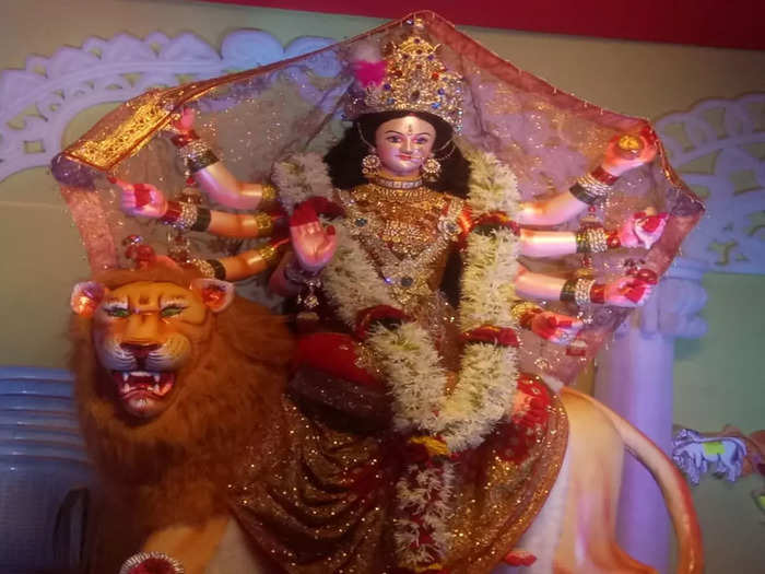 maha ashtami do these six things on the ashtami tithi of navratri 2021 durga mata has special grace in marathi