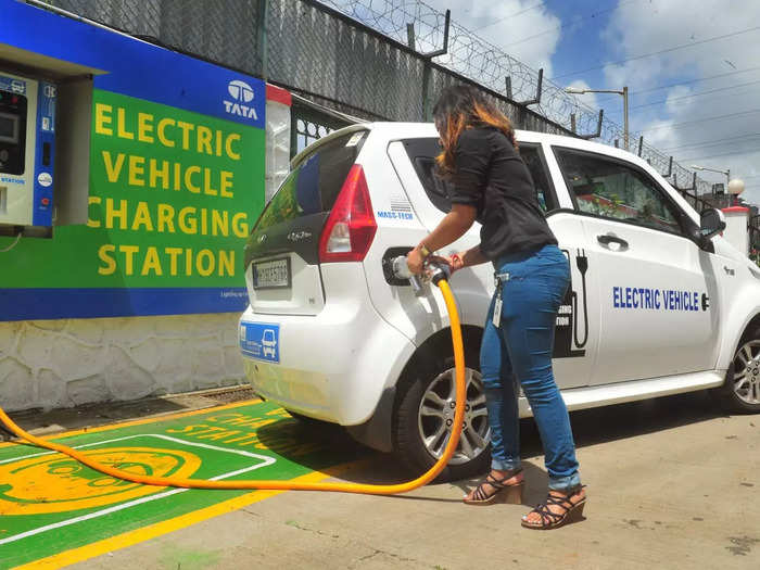 Tata New EV firm EVCo TPG Rise Climate 7500 crore