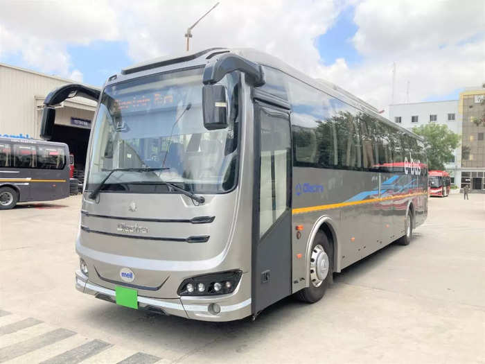 eveytrans launches inter-city electric bus service in pune-mumbai starts from october 15