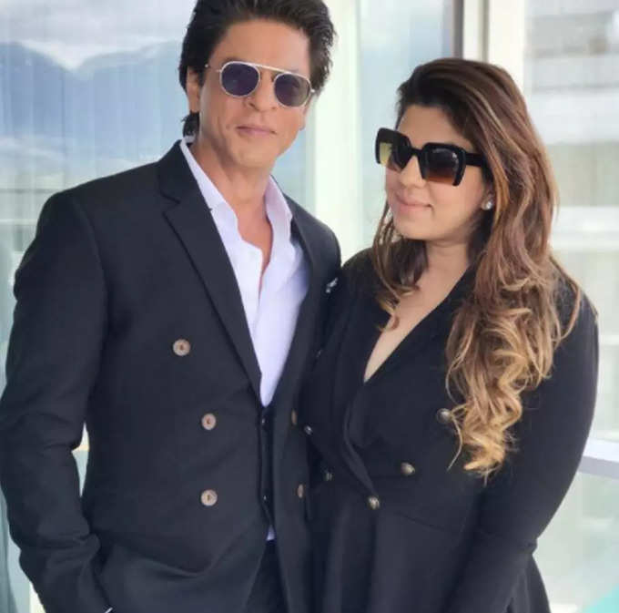 Know All About Shahrukh Khans Manager