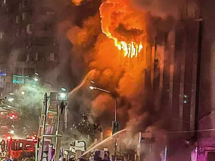 Taiwan-building-fire