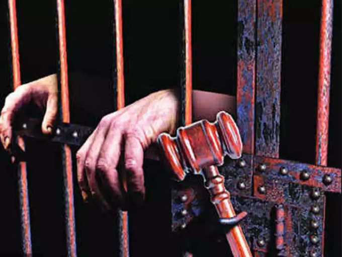 70 years old woman gets life imprisonment: Bulandshahr News today: 70 Years old woman get life term imprisonment in Bulandshahr, read court order: बेटी के साथ रेप की कोशिश कर रहे युवक की उतारा था मौत के घाट, जानिए बुलंदशहर कोर्ट ने क्यों सुनाई बुजुर्ग महिला को उम्रकैद की सजा