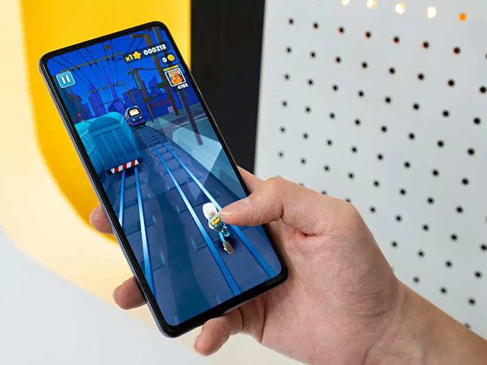 लॉन्ग लास्टिंग बैटरी के साथ आते हैं ये Redmi Smartphones, मिल रहा है स्पेशल डिस्काउंट